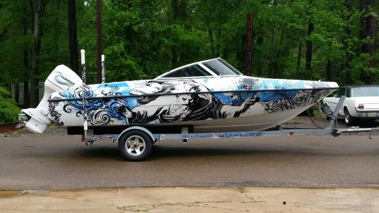 Boat Wraps in Florida With High Quality Material at Affordable Price